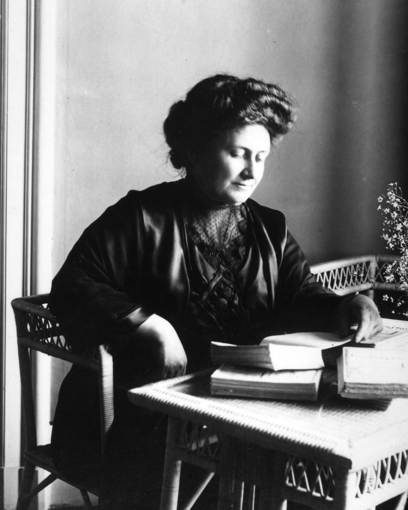 Public Domain image of Maria Montessori in 1913